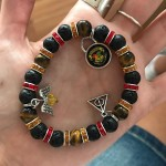 Wearing my Gryffindor bracelet today! How gorgeous is it??? Onehellip