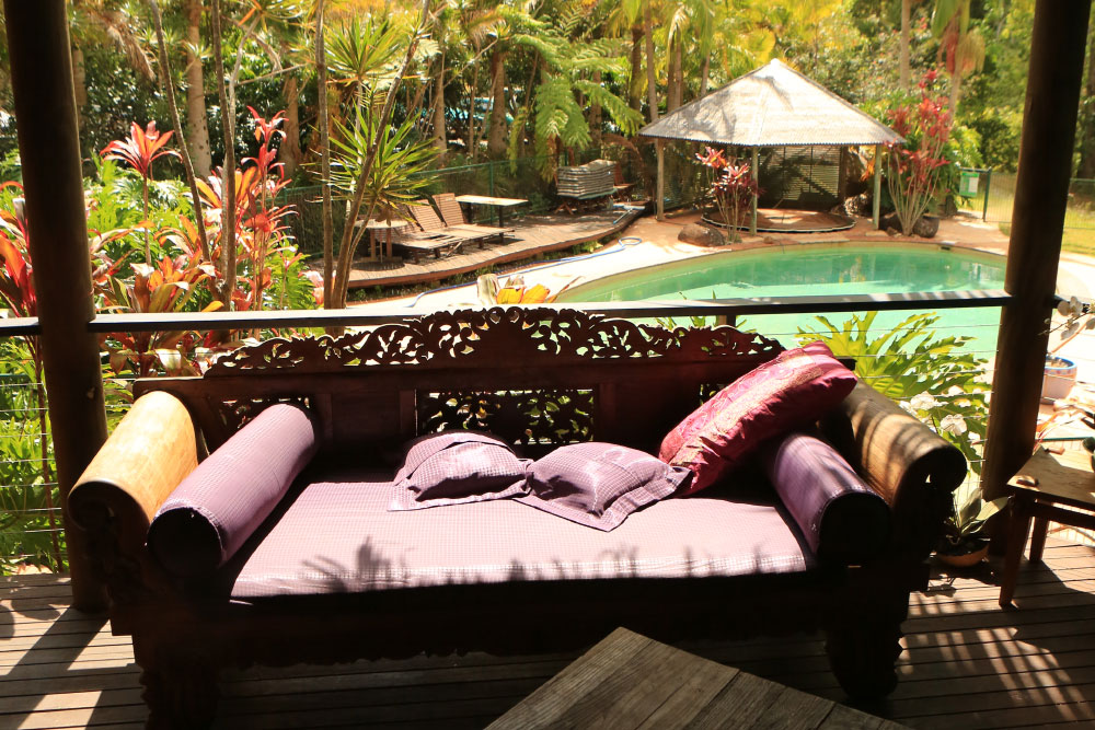 paradise one lounge and pool